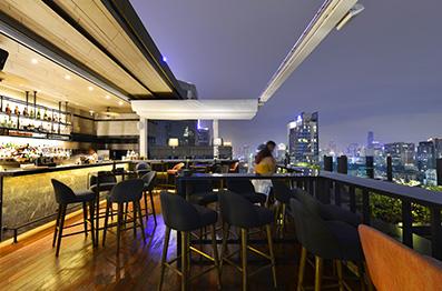 Restaurant et bar rooftop